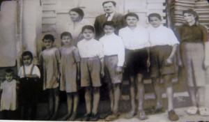 Породица Суботић у Крагујевцу 1950. године