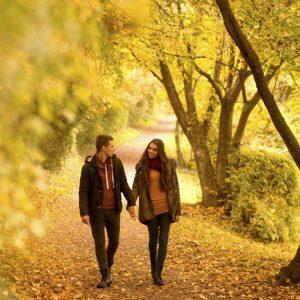 valentines-day-long-romantic-walk