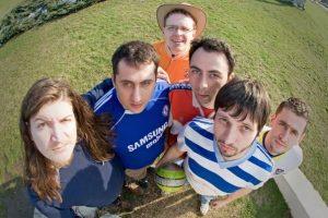 Danas-svi-znaju-da-igraju-fudbal-2