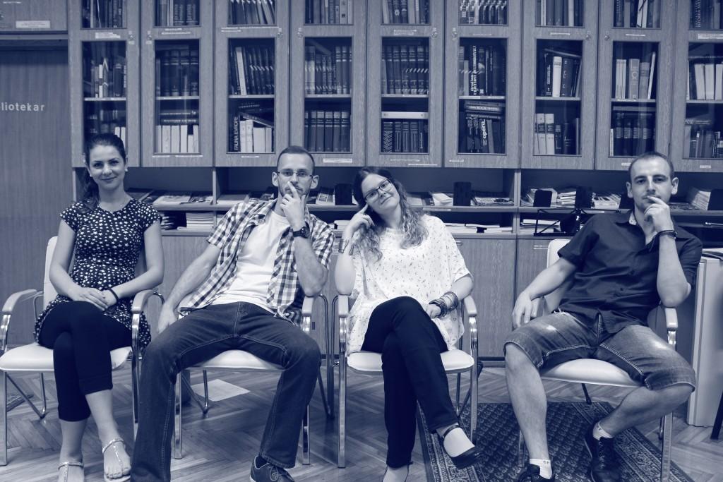 Recitatorska družina Među nama