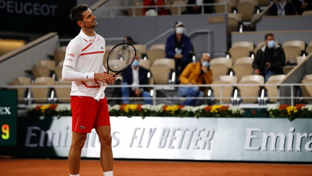 Rim, Novak, Nole, reket, osmeh, pobeda, sreća, zahvalnost, zagrljaj